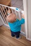 Child safety gate 36045624 s 146x219